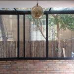 תמונה של חלון אלומיניום לחצר